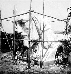 construcao-da-estatua2