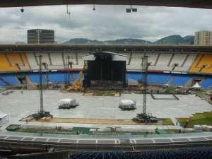 Montagem do palco para show da Madonna no Maracanã - 2008