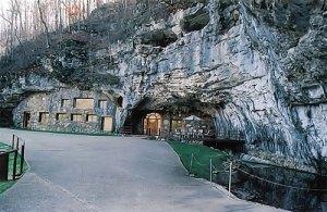 hotel-caverna-01